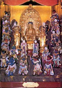 赤谷観音堂の十六善神像