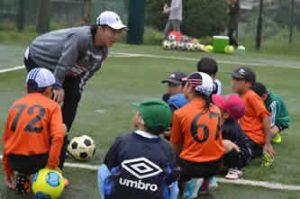 小・中学生対象の「サッカー教室」