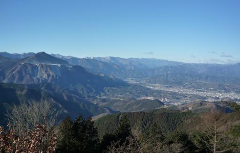 外秩父丸山の眺望(そとちちぶまるやまのちょうぼう)